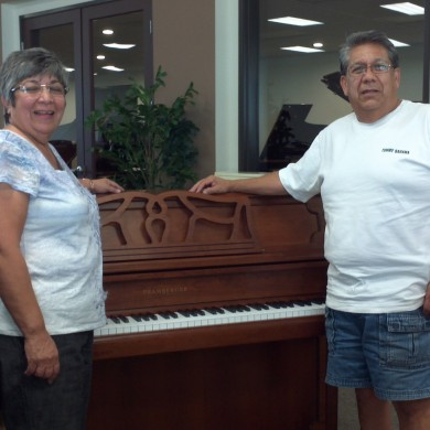 Meza Family at Piano Megastore