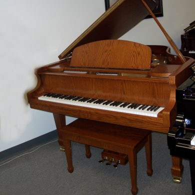 Falcone FG62D Baby Grand